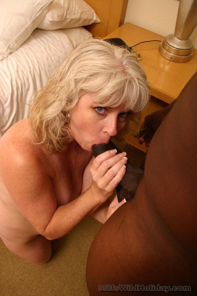 Black meat stuffed in pussy sex quality pic