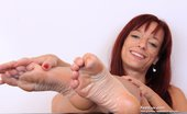 Feet Luv 521228 Michelle Pretty Michelle Gives Footjob To Plastic Dong Feet Luv