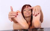 Feet Luv Michelle Pretty Michelle Gives Footjob To Plastic Dong Feet Luv