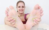Feet Luv 521269 Jennifer Amton Dark Plastic Dong Getting Teased And Massaged By Jennifer Amtons Feet Feet Luv