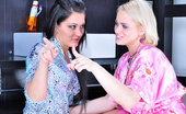 Lick Nylons Susanna & April Curvy Blondie In Sheer Tan Nylons Gets Licked By Her Hot Lesbian Girlfriend Lick Nylons