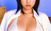 ZZ Tits Hitomi Kitamura Asian Model Hitomi Kitamura Posing ZZ Tits