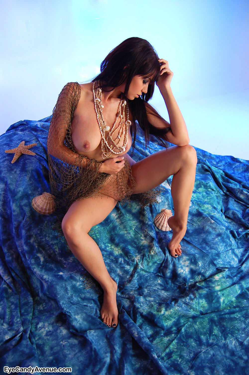 Dakota nackt Kelsea  Dolly Parton