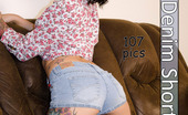 Eye Candy Avenue Reyna Sweet Denim Shorts Reyna'S Little Ass Looks Hot In Short Shorts Eye Candy Avenue