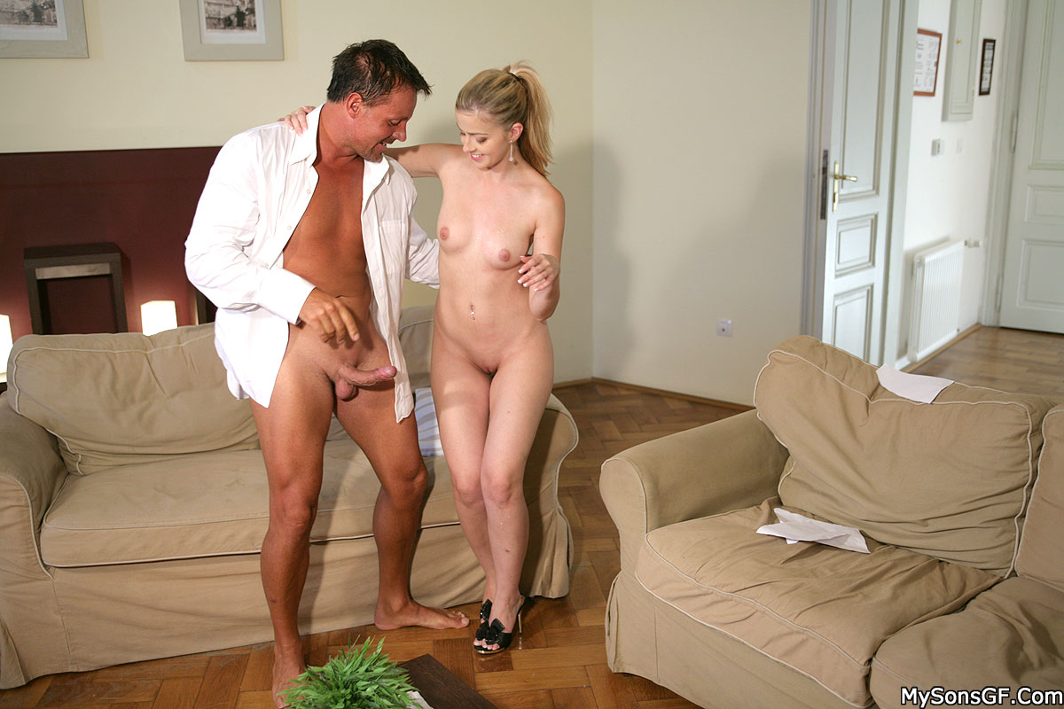 Pure xxx films boss fucking the new girl at work 6