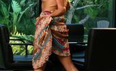 Jimmy Canon 542133 Valentina Vaughn Valentina Vaughn Puts Her Hand Down Her Panties Jimmy Canon