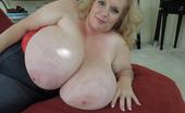 Divine Breasts Suzie 44K Sucks Her Big Tits Divine Breasts