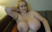 Divine Breasts Reyna Soft Heavy Big Breasts Divine Breasts