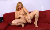 Matures World Lustful Mommy Gives Her Asshole A Really Hard Time Matures World