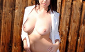 Club GND Chrissy Marie Watch As Chrissy Marie Strips And Enjoys The Warmth Of The Sun On Her Big Tits And Tight Pussy Club GND