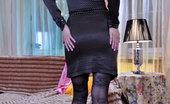 ePantyhose Land Ashley Nylon-Loving Babe Enjoys The Look Of Patterned Hose On Her Legs And Cheeks ePantyhose Land