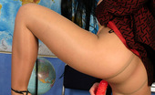 ePantyhose Land Afina Steaming Hot Babe In Flesh-Colored Pantyhose Dildotoying Right On The Table ePantyhose Land