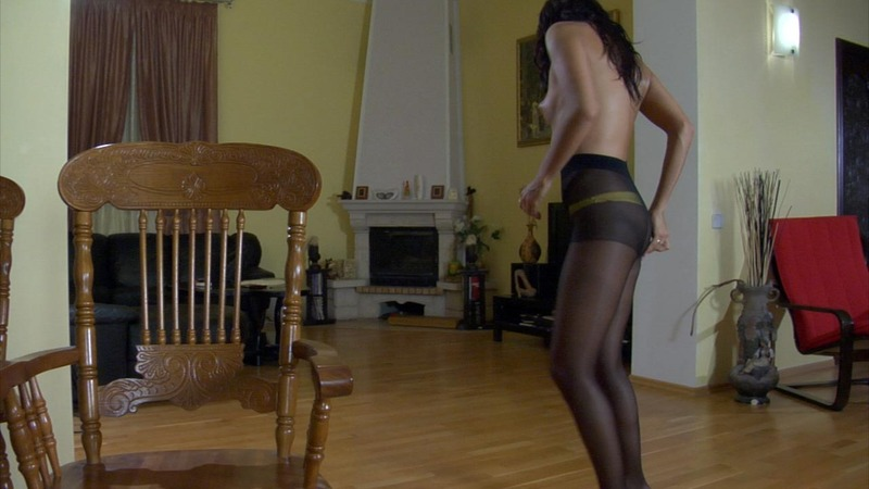 ePantyhose Land 562980 Margo Curvy Babe Puts On Her Lovely Yellow Lingerie And Black Control Top Tights ePantyhose Land