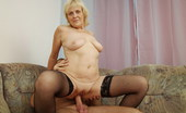 Mature Extase Clit Stimulation Makes This Lady Ready For Wild Cock Riding. Mature Extase