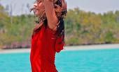 Lauren Hottie 19 Year Old Florida Beach Teen Showing Her Beautiful Body! Lauren Hottie
