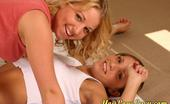 You Love Lucy Karen And Lucy Play Twister Togetherrr You Love Lucy