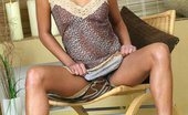 Platinum Indian Cute-Looking Indian Hussy Teases Herself Platinum Indian