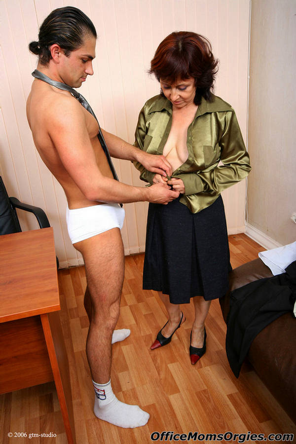 office sex galliers