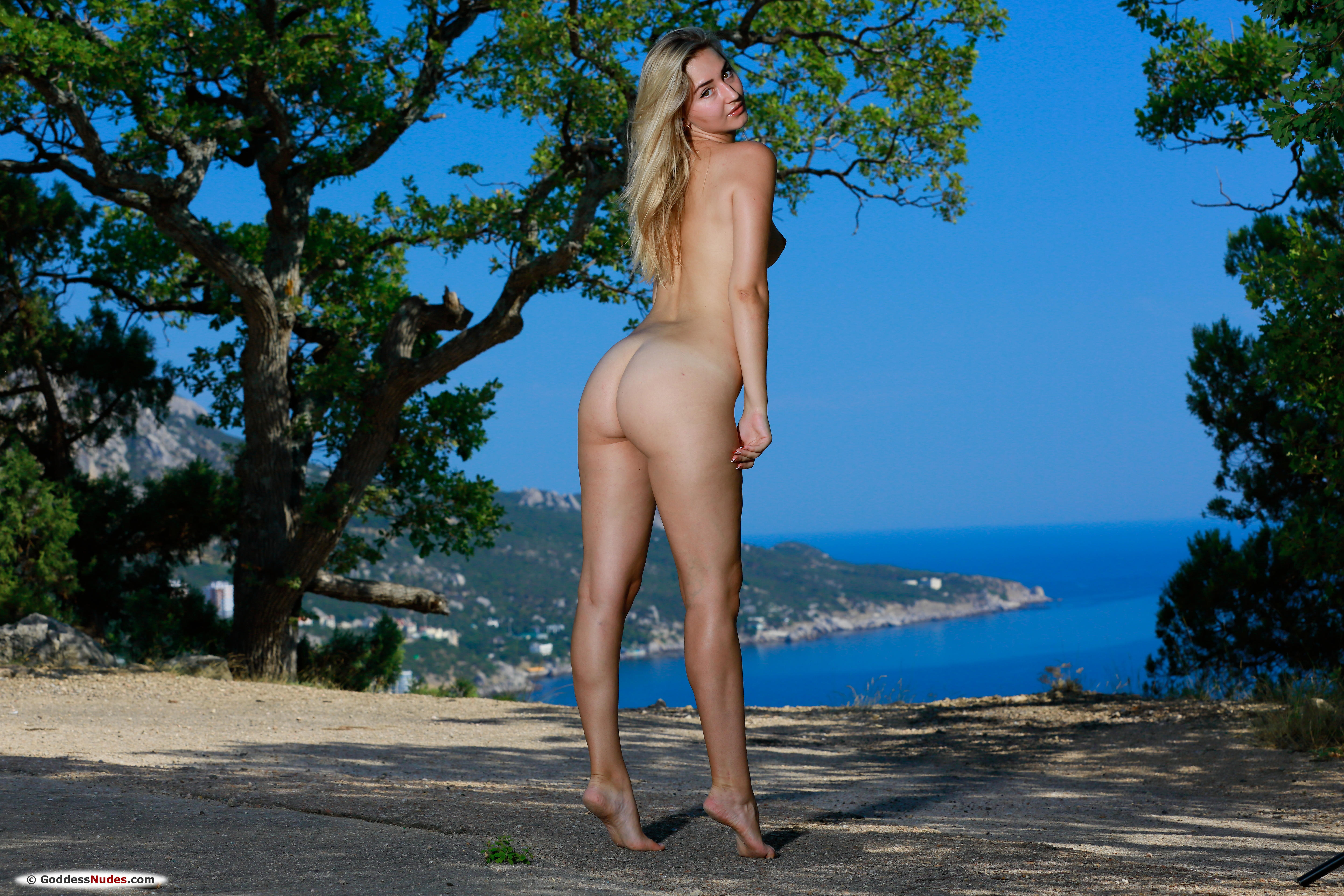 Amaly Rolling Down Blue Underwear 608068 Tender Skin Blonde And Her Buxom Body Figure Outdoor