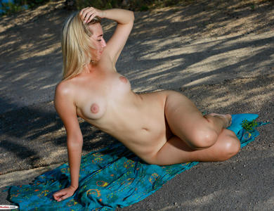 Amaly Rolling Down Blue Underwear Tender Skin Blonde And Her Buxom Body Figure Outdoor
