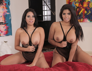 The Venezuela Sisters Kesha Ortega And Sheila Ortega With Chunky Thigh And Butts 608078 Latina Women With Full Rounded Shape Not Satisfying With Their Dildos