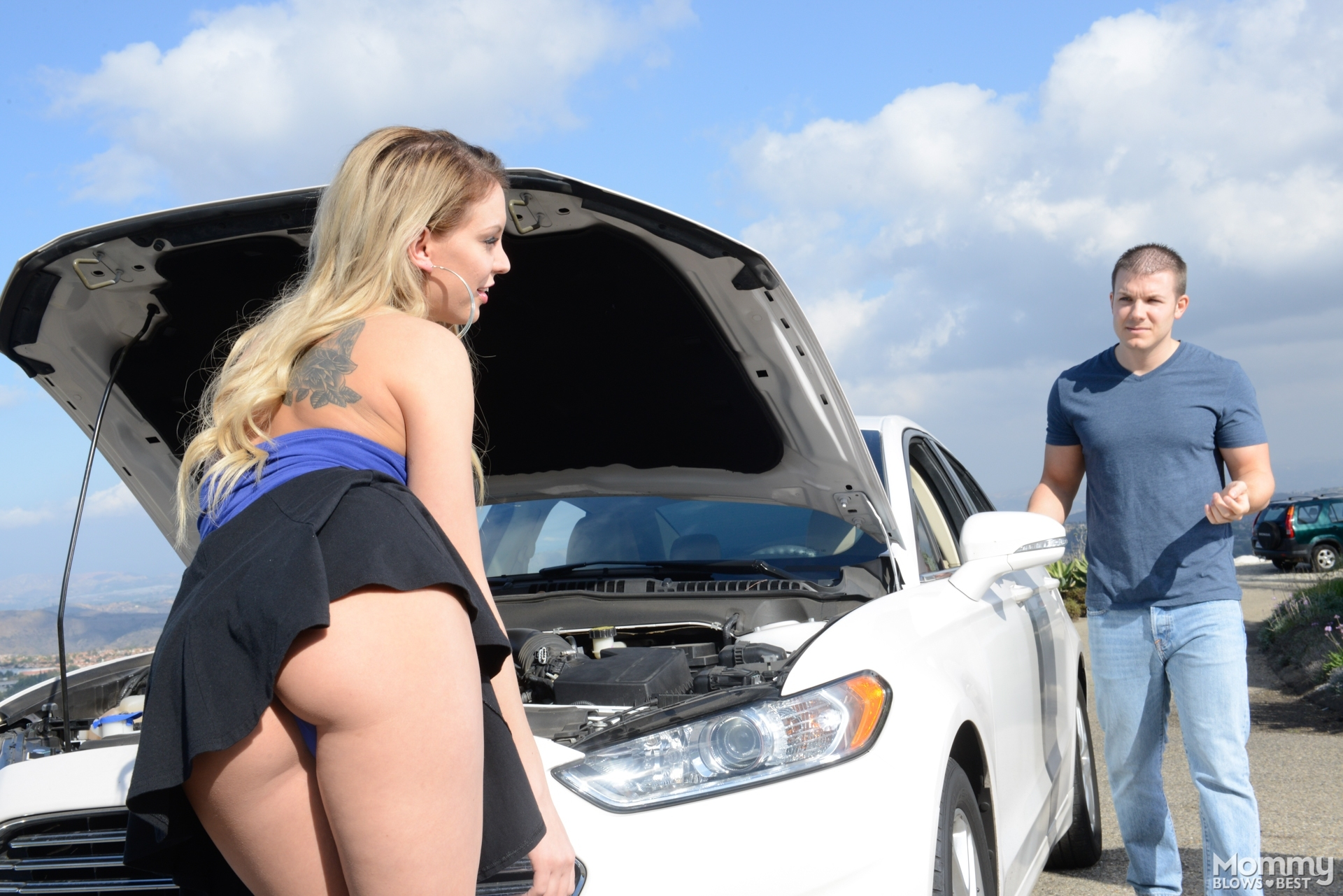 Kenzie Taylor Suck The Cock Of Her Vehicle Repairman 608084 Blonde With Big Tits Gets A Mouthful Of Cum