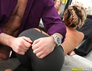 Tailor Jada Stevens Measure A Surprising Cock Size Racy Pornstar Outfitter In Spandex Doing Some Cock Sucking At Work