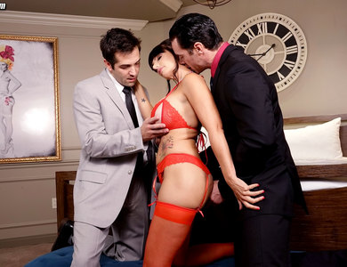 Catalina Cruz In Red Lingerie Threesome 608101 Mature Mom In Red Stockings Double Penetration