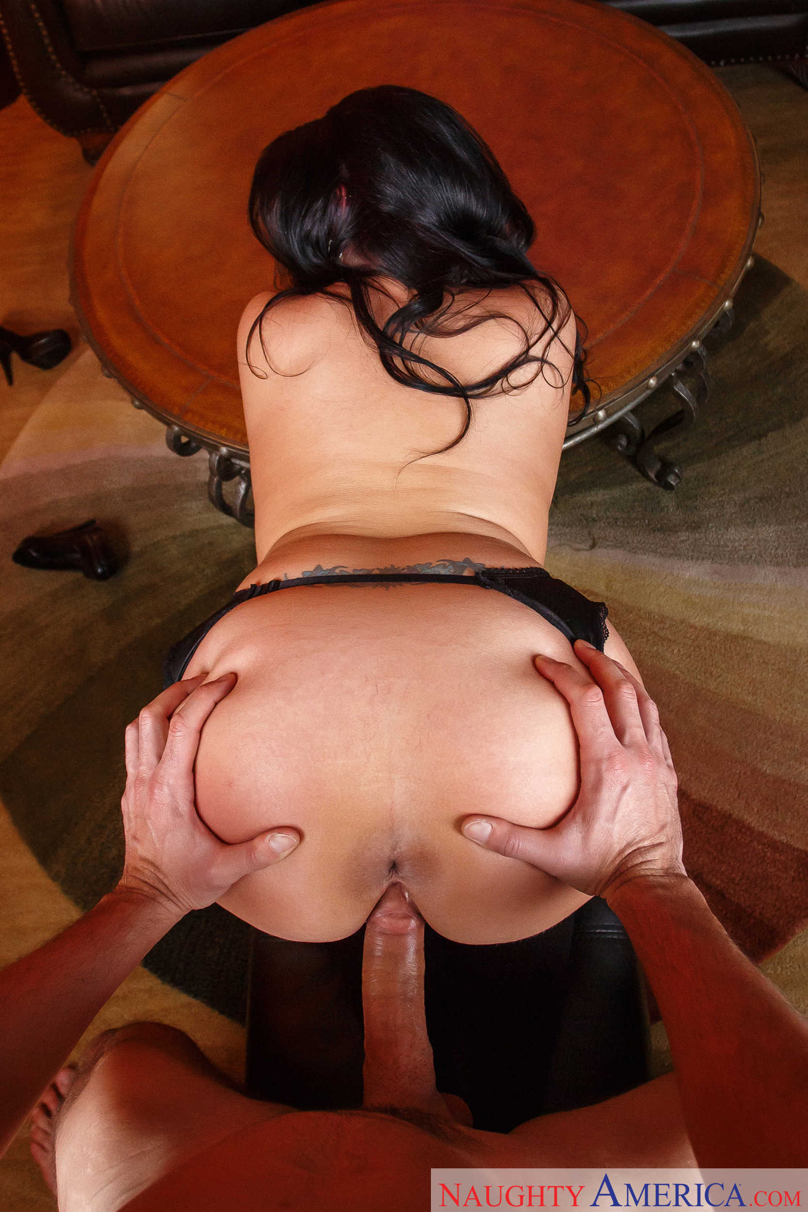 Ample Sheridan Love Gives Ryan Drillers A Tits Job 608108 Full Figured Brunette Mother In Really Sex Black Lingerie