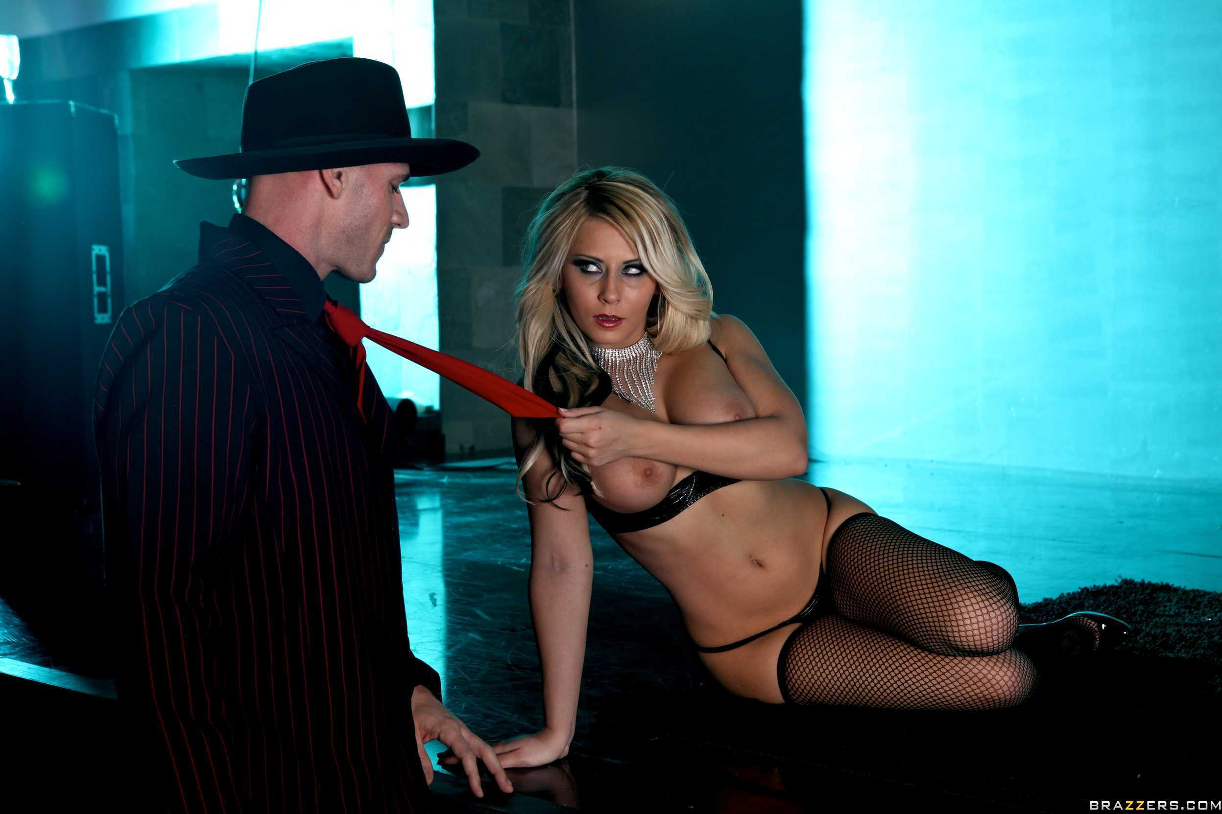 Classy Burlesque Madison Ivy Softcore Posing In Sexy Black Lingerie 608127 Naughty Blonde Babe Gets Her Vagina Thrusted