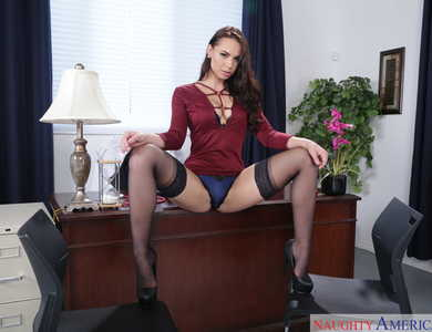 Office Lady Aidra Fox Cum Blasted By Doctor At Work Lustful Clinic Assistant In Black Stockings Takes Off Red Dress