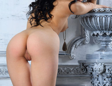 Joanna Nude Chick Poses Her Impressive Body 608147 Lovely Black Hair Sweetheart And Her Cute Feets