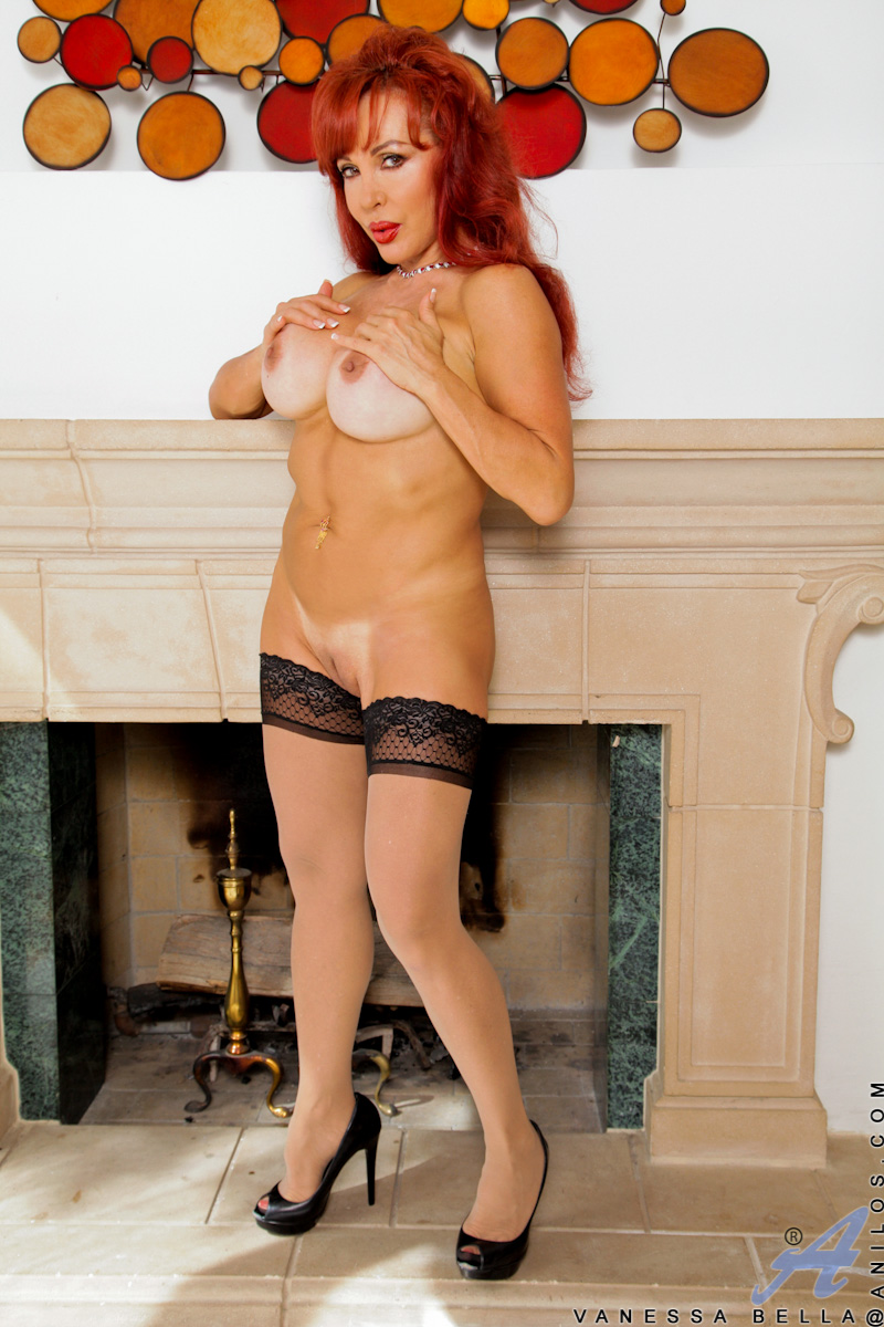 Alanis Cumlouder Argentina Porno anilos vanessa bella red haired cougar vanessa bella stuffs