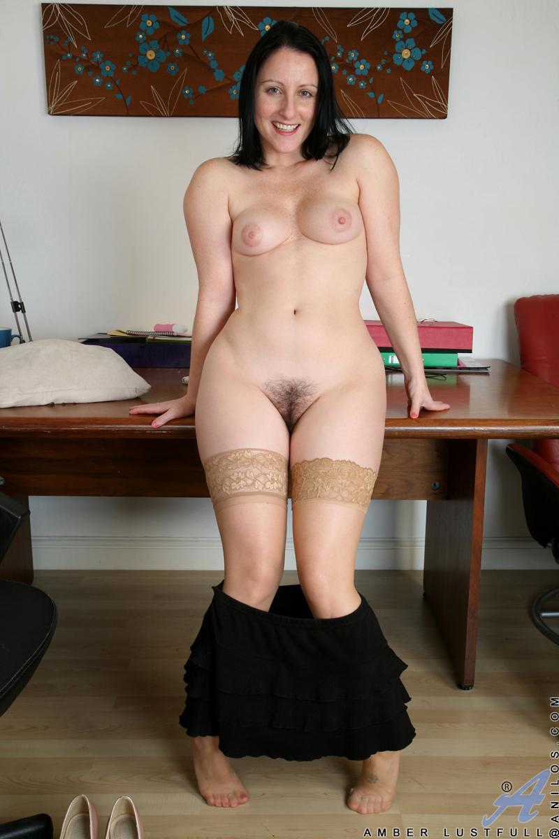 Actriz Porno Culo Cougar anilos amber lustfull sex craving cougar shoves a dildo deep