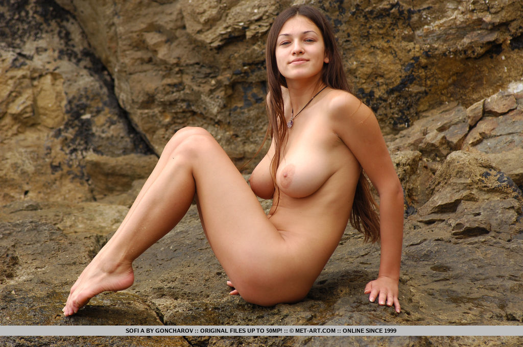 Kaye Penaflor  nackt