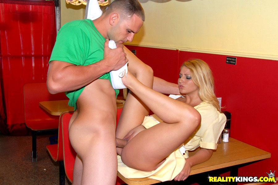 Sexy Waitress Porn Pics