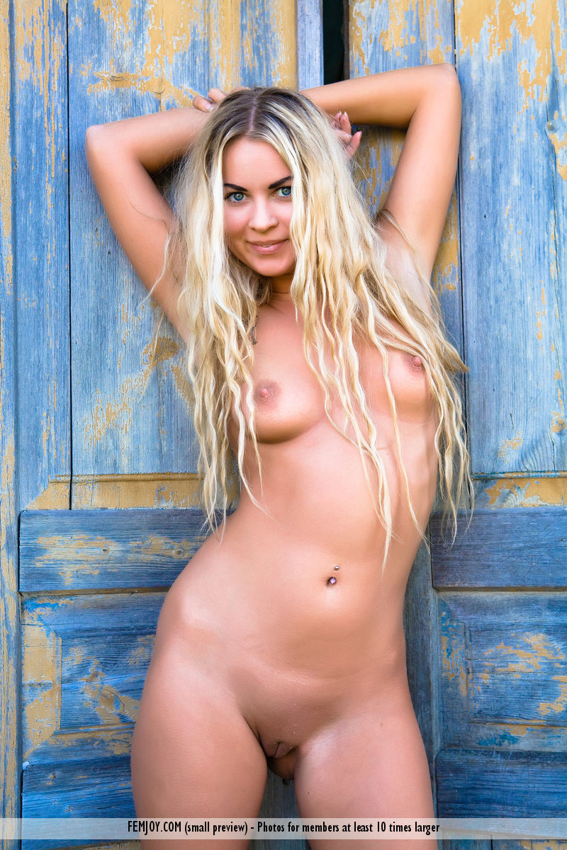 Angela Kerecz Porn femjoy rimma demian rossi country house 69453 - good sex porn