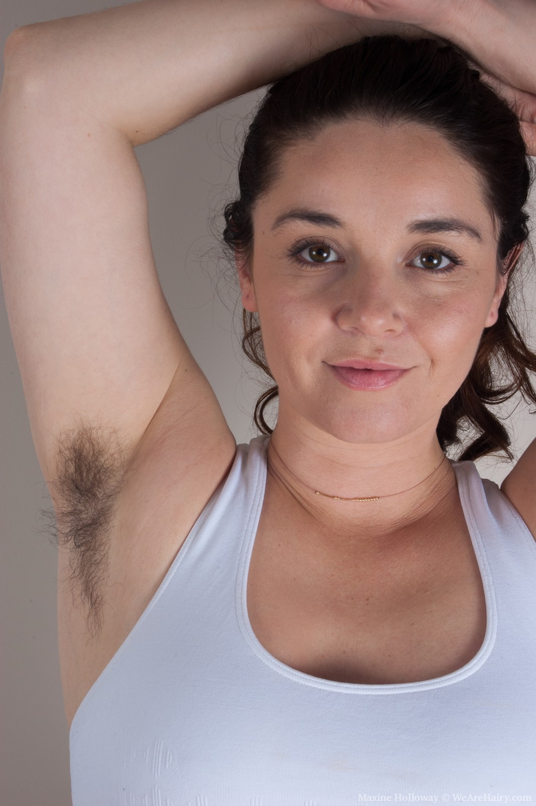 Pictures of nude extremely hairy women