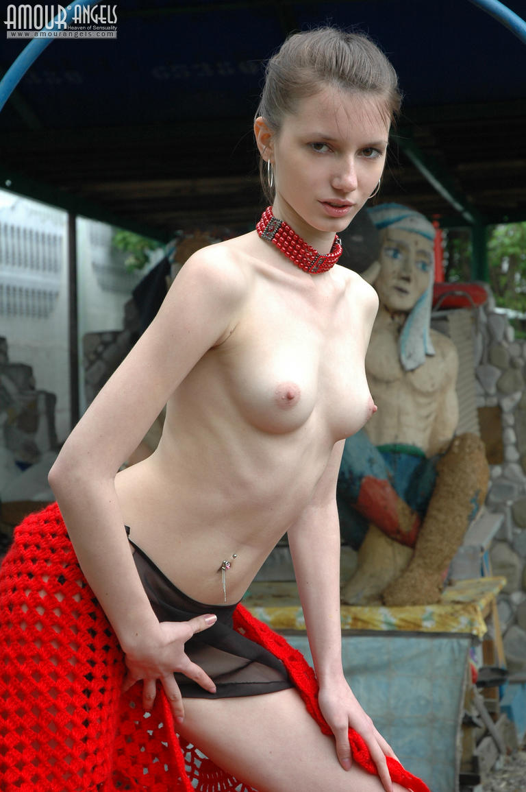 Aneska E Ivan Porn amour angels kate kate on the bridge the idea of posing nude