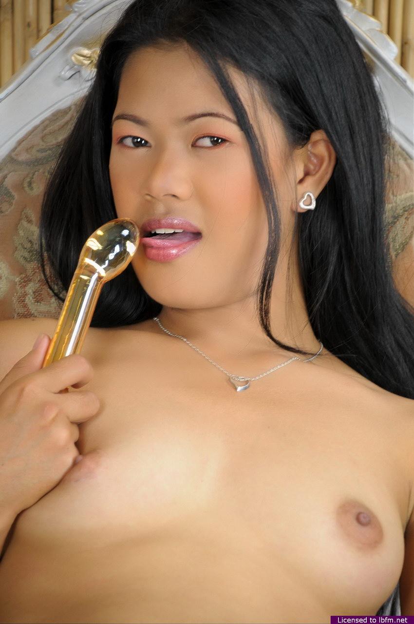 Aneska E Ivan Porn lbfm 18 yo harlot flashing her small titties and her tight