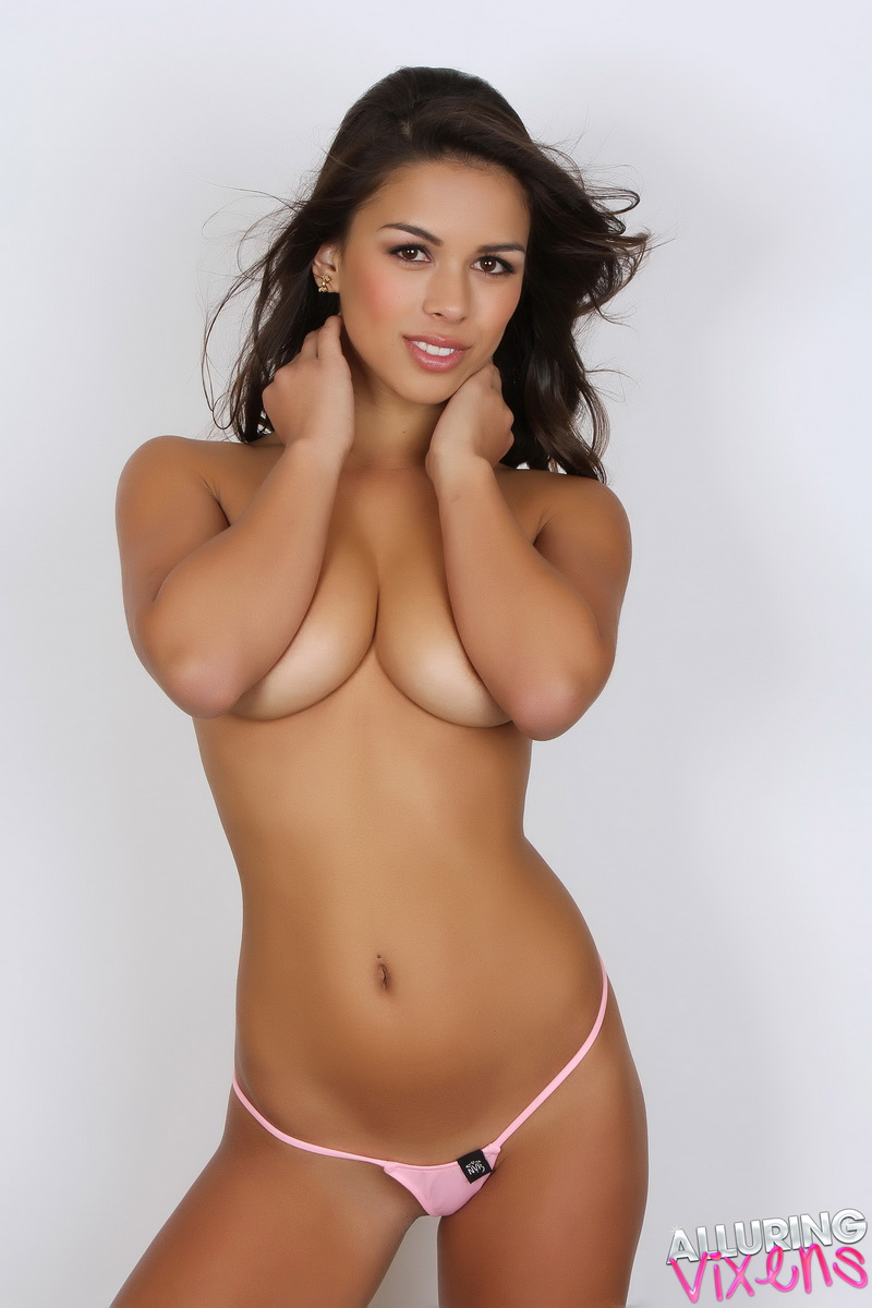 Peliculas Porno De Mirie Mooror alluring vixens amanda marie cute vixen amanda marie shows