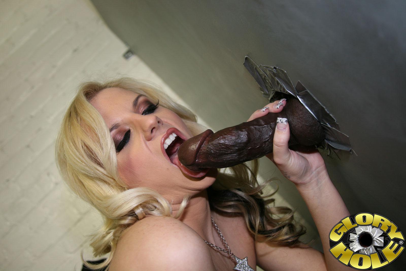 Blonde big tits gloryhole Gloryhole Com Haley Cummings Big Tit Blonde Haley Cummings Sucking Black Cock 130601 Good Sex Porn
