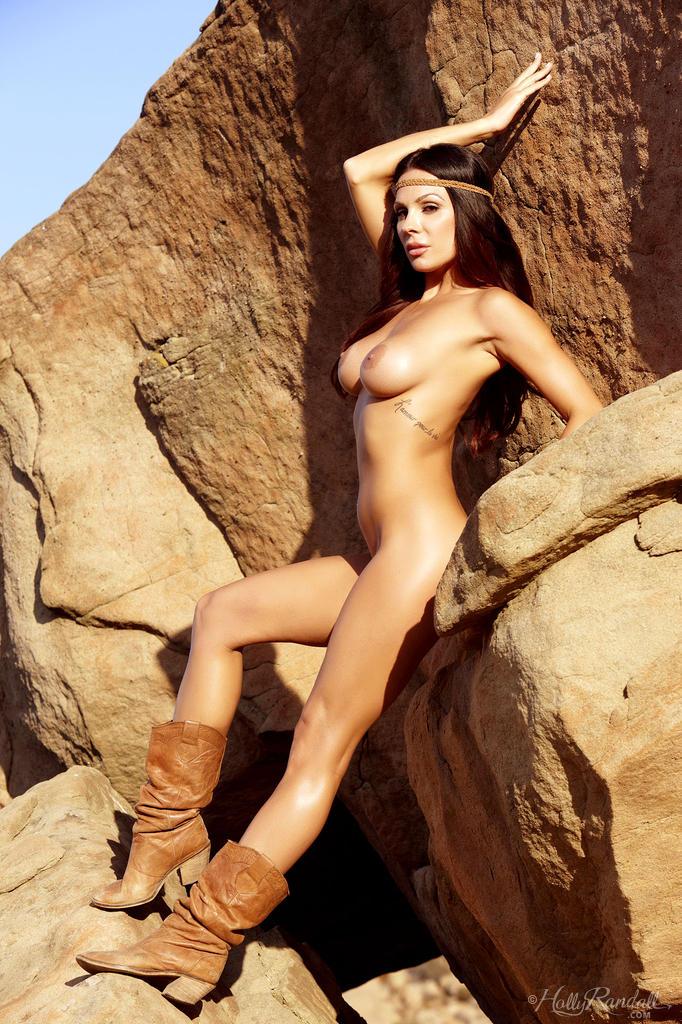 Randall nackt Brick  Ariana Marie