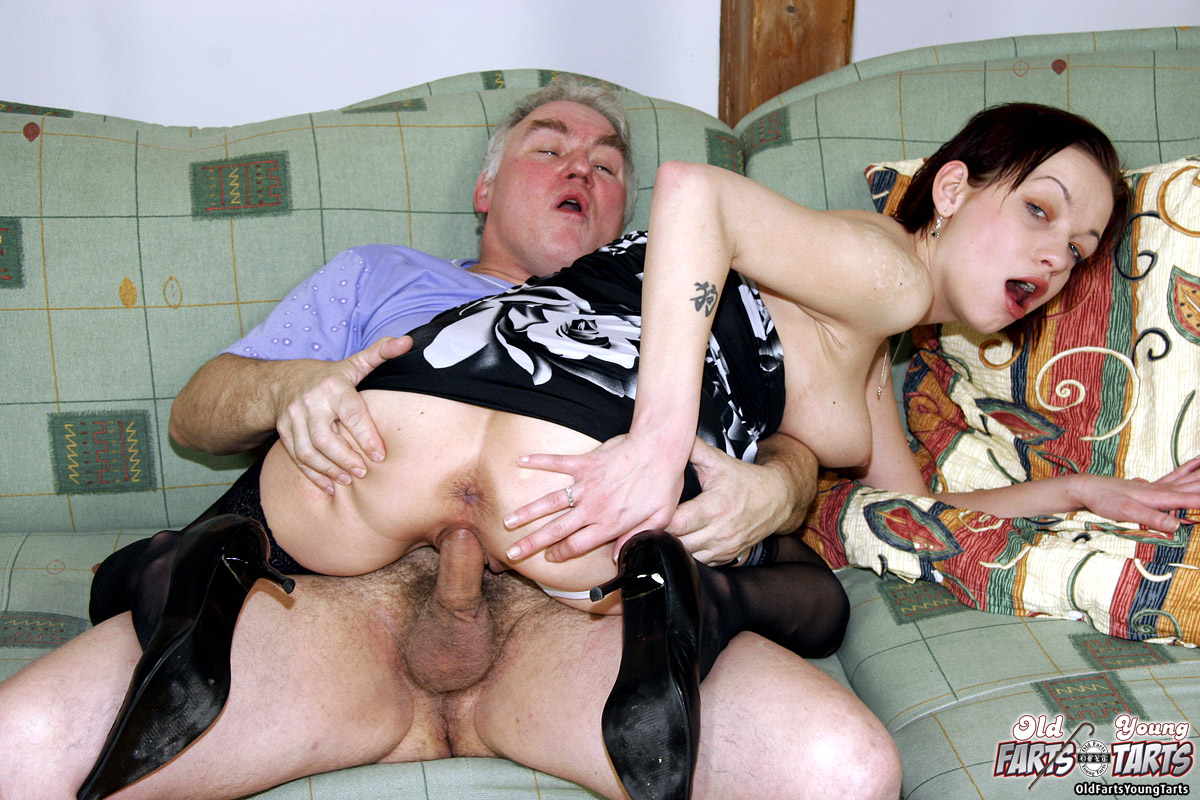Teen Porn An Old Fart Fucking A Much Young Dessert Picture