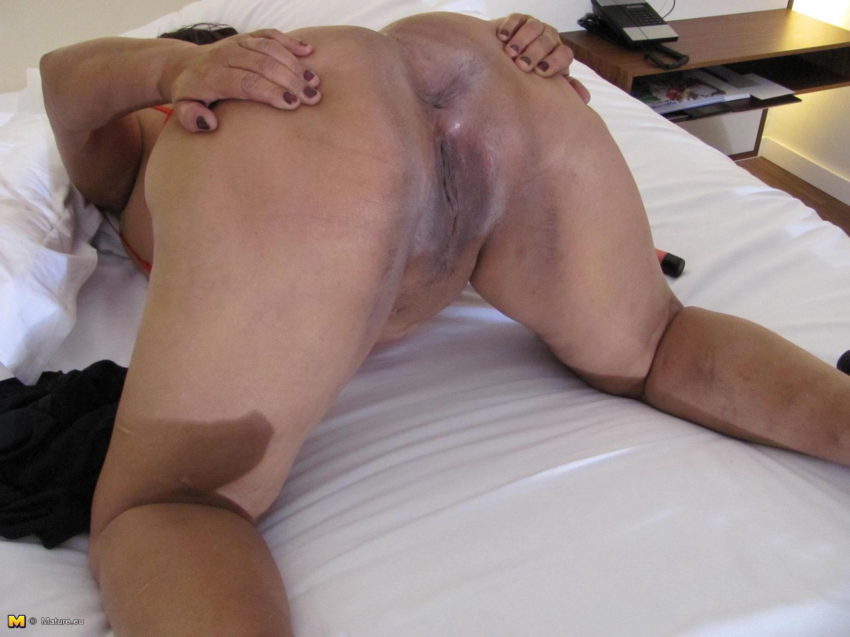Pantimedias Casero Porno Mama mature.eu big titted mama playing with her wet pussy 182610