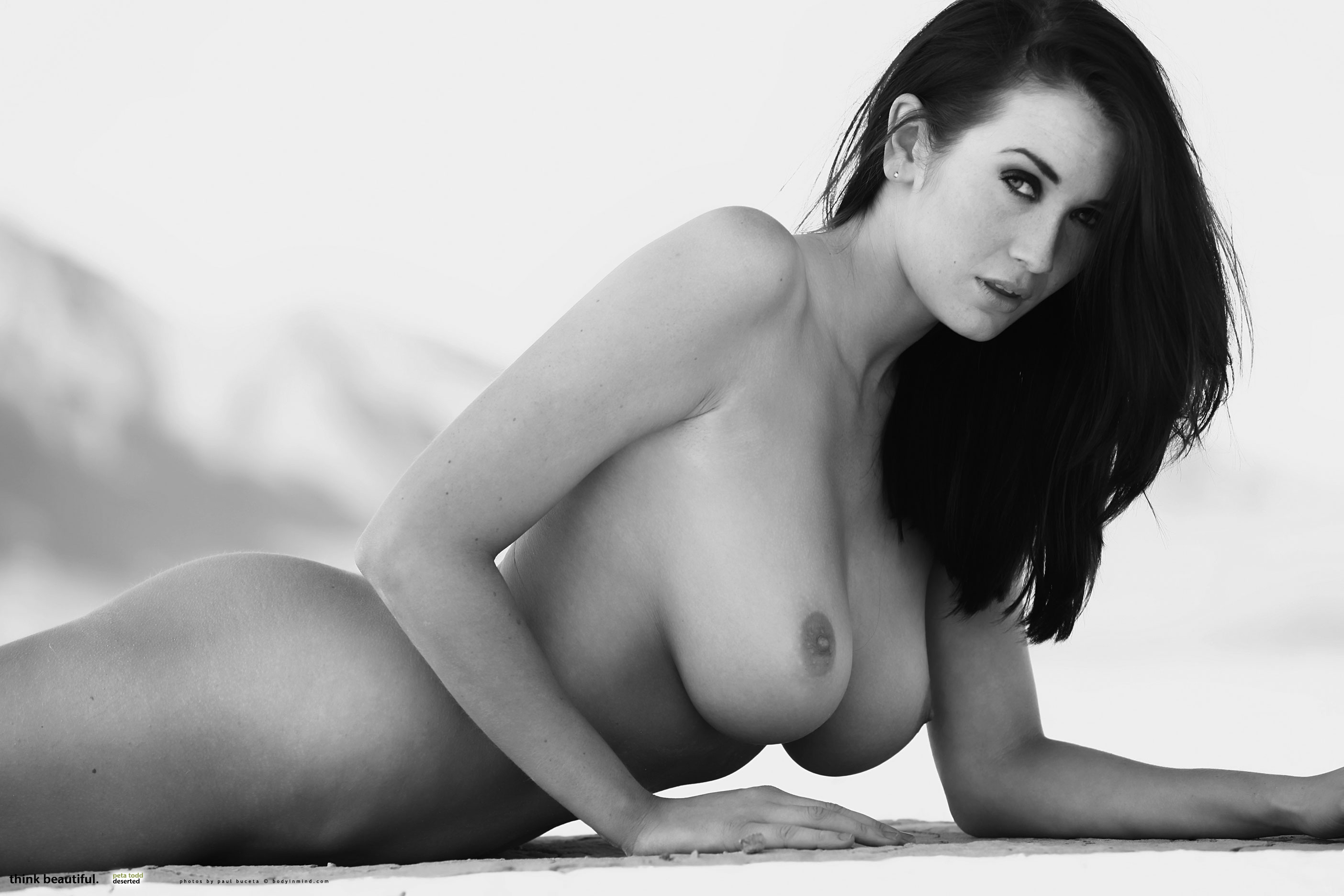 Joanne Todd  nackt