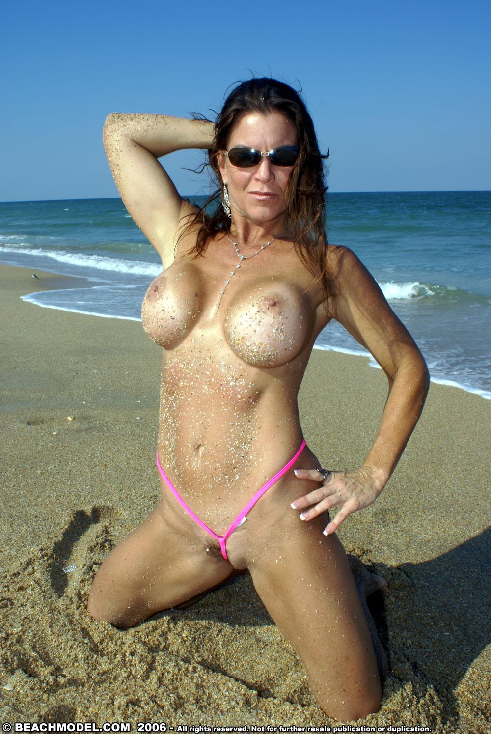 Porn Milf Con Vestido Recopilacion beach model milf thong milf thong 274579 - good sex porn