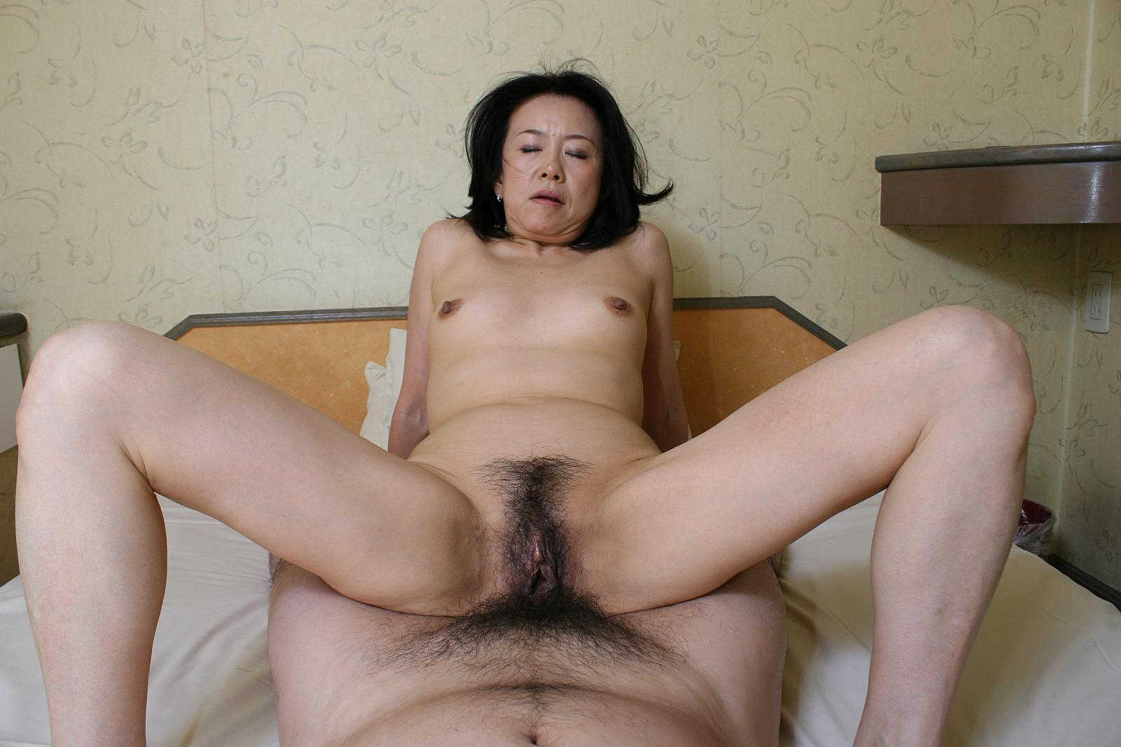 Ayumi iwasa squirts during rough pussy masturbation adventure