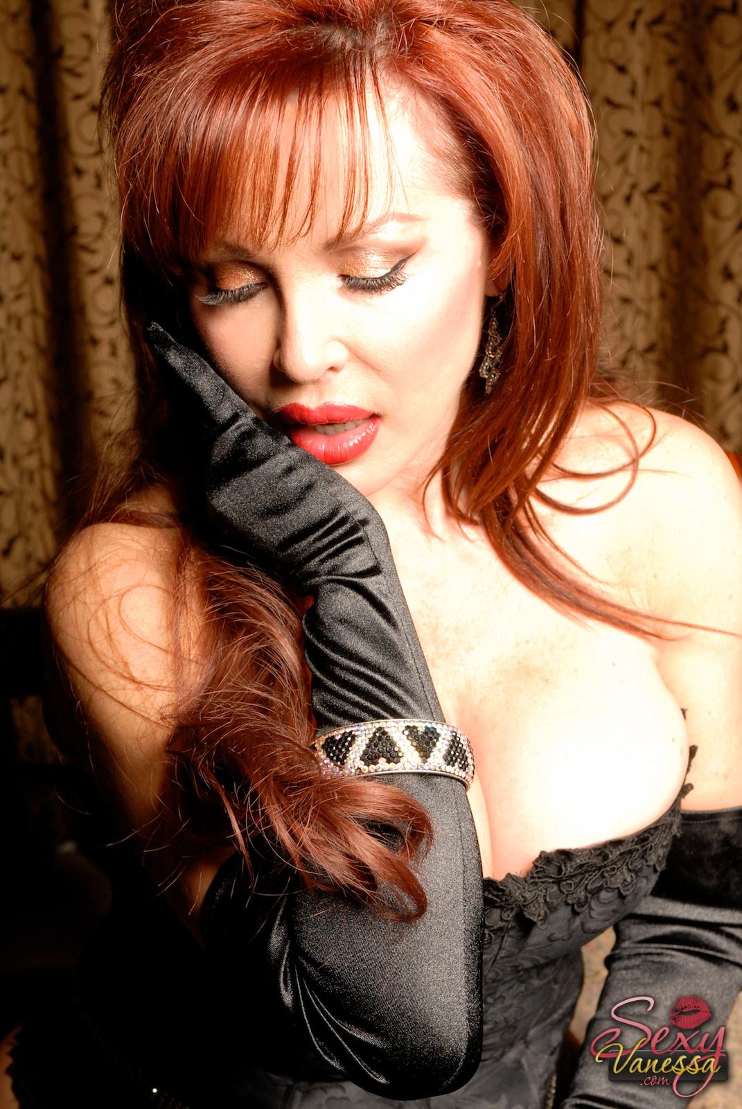 Ama Gloves Porno Xxx sexy vanessa in black gloves well hello boys, like my gloves