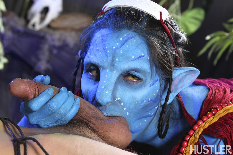 Avatar Porno Pelicula hustler parodies yurizan this ain't avatar 2 may-ot wants to